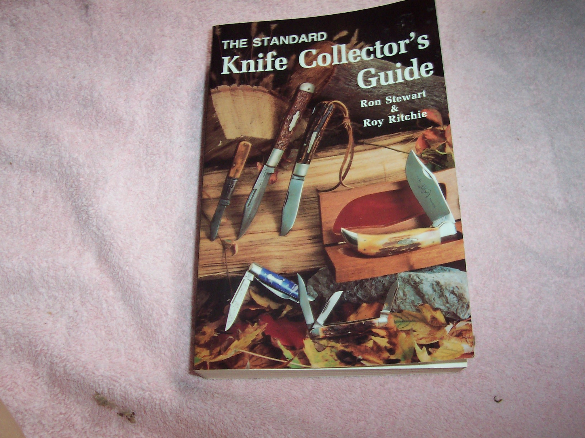 The standard knife collector's guide