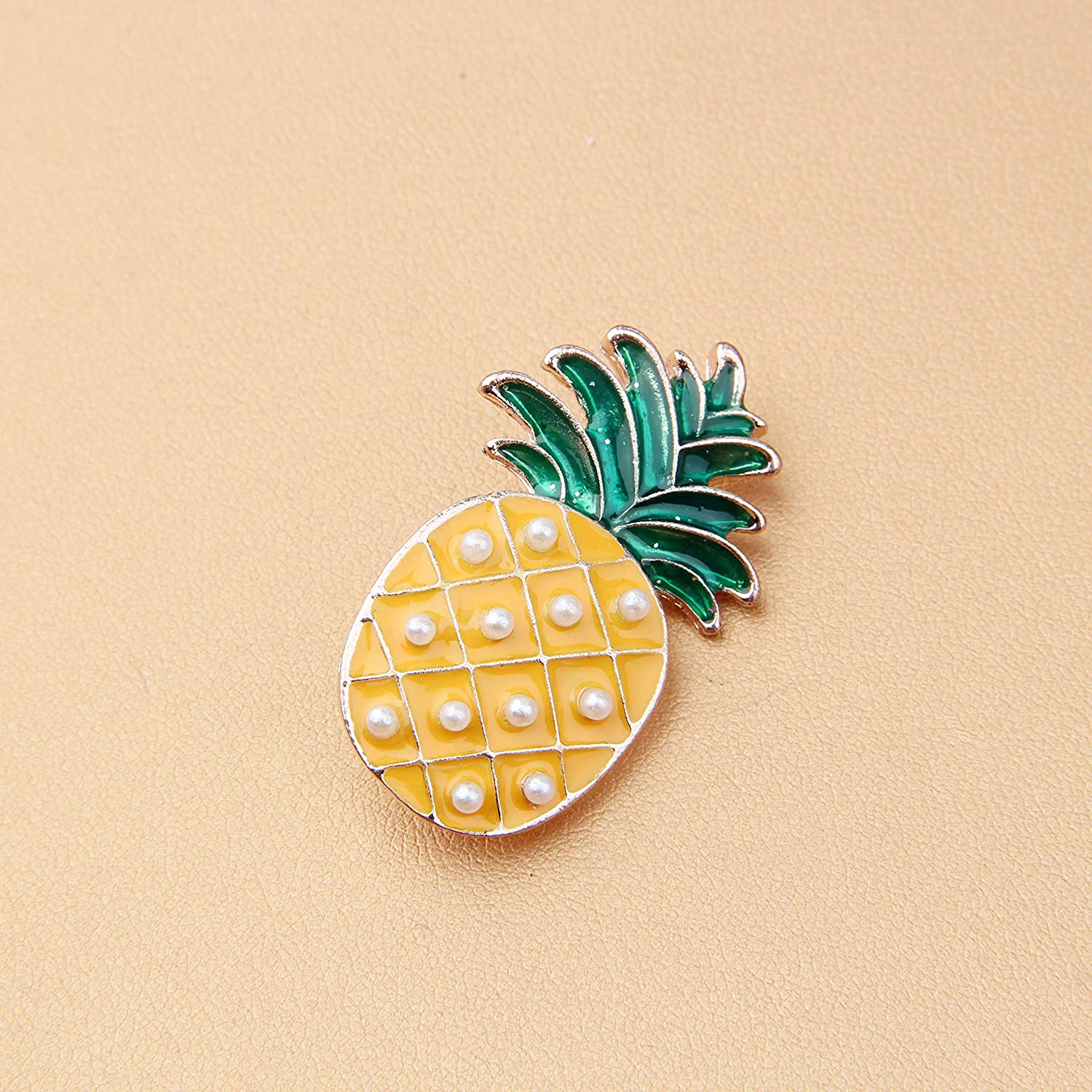 CHOROY Pineapple Pin Fruit Jewelry Gold Pineapple Brooch Tropical Jewelry Gift for Her