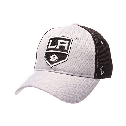 Amazon.com   NHL Los Angeles Kings Men s Rally Z-Fit Hat eee7e4a197e