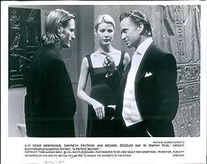 Vintage Photos 1998 Actor Martensen Gwyneth Paltrow A Perfect Murder Michael Douglas 8X10