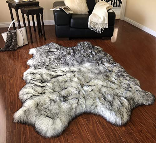 Super Soft Faux Sheepskin Free Shape Silky Shag Rug Quarto 4 Pelts 4 x6 , White with Black Tips