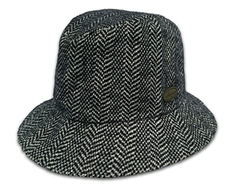 2012973cf40 Kangol Headwear Classic Herringbone Clipper Fedora Bucket Hat (Large)   Amazon.co.uk  Clothing