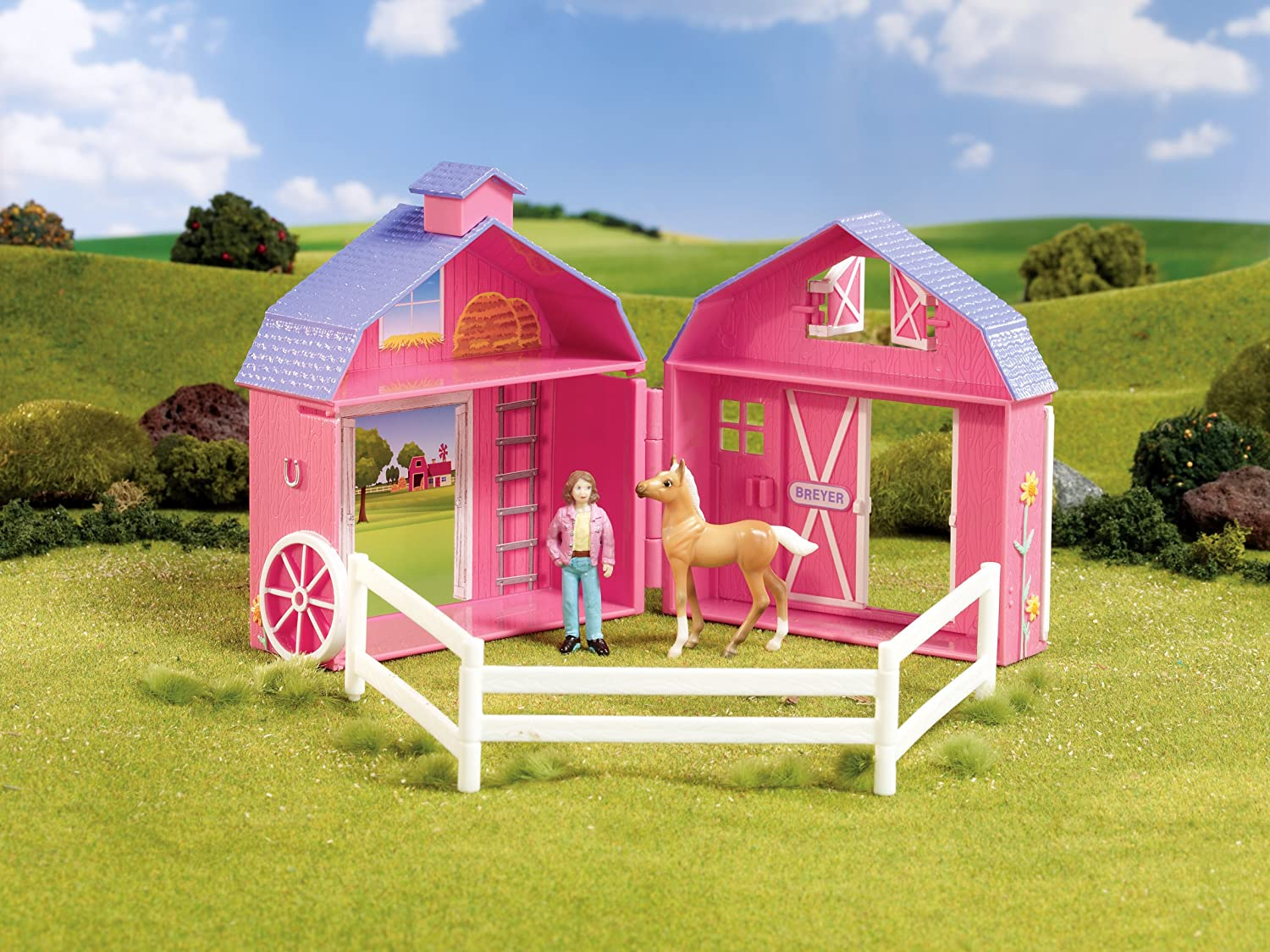 Breyer Stablemates Frolicking Foals Pocket Barn and Horse Play Set 1:32 Scale