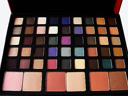 Smashbox Be Discovered 45 Eyeshadows 9 eyeliners 6 blushes 9 eyeliners and 4 brushes