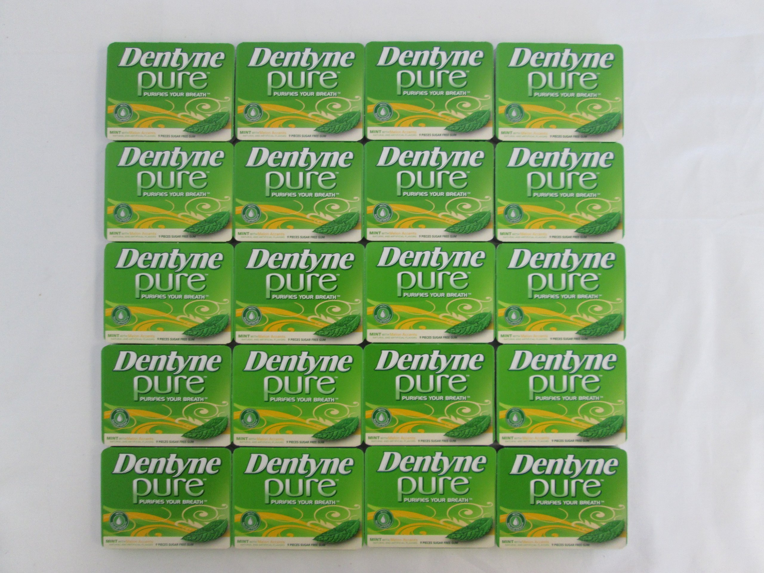 Dentyne Pure Mint with Melon Accents, Sugar-free Gum: 20 Pack of 9 Pieces