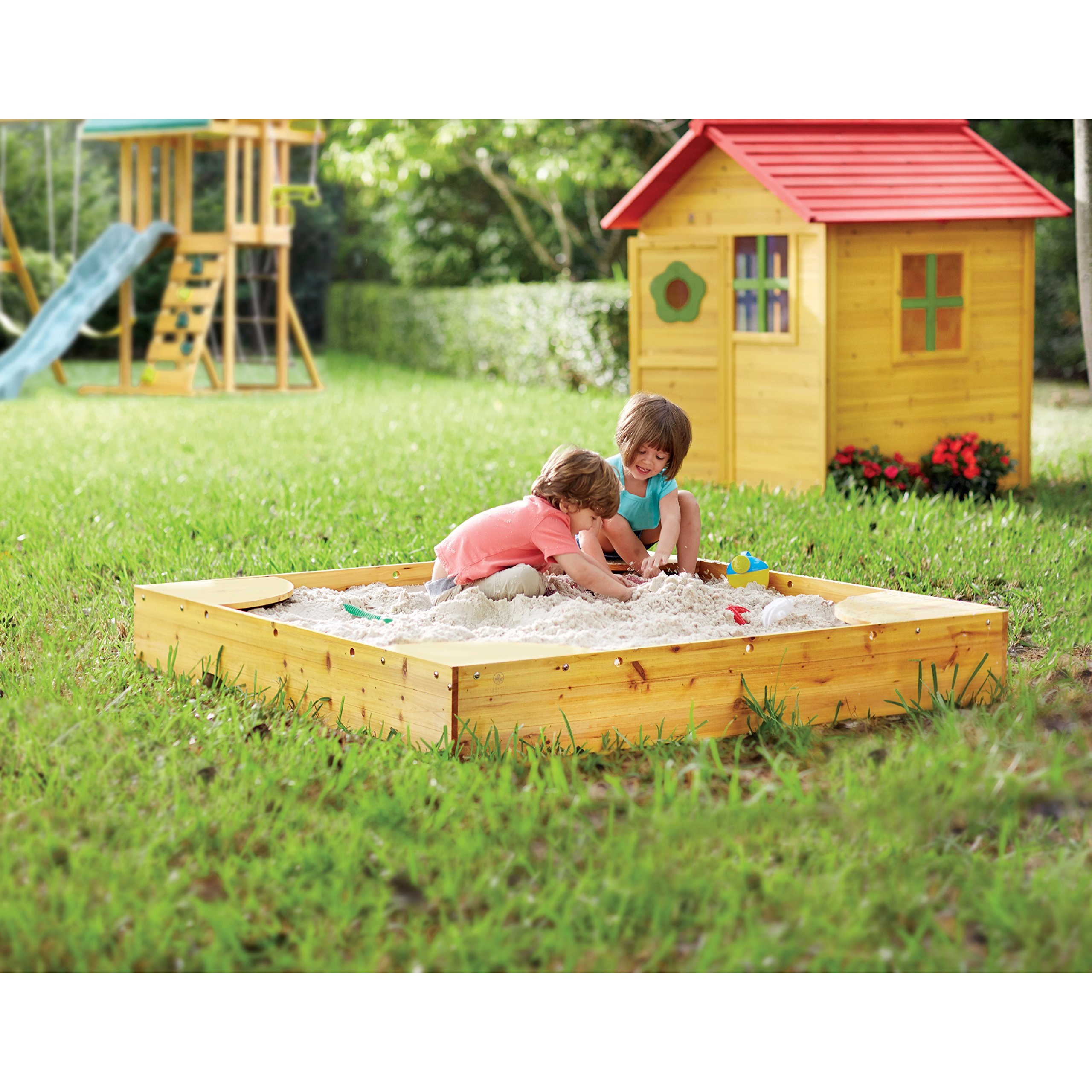 Children's Style Wooden Stellan Backyard 5' Square Sandbox With Cover (VVRO1594). Corners Double As Convenient Seating. Weather Resistant. 8.46'' D X 60'' W X 60'' L