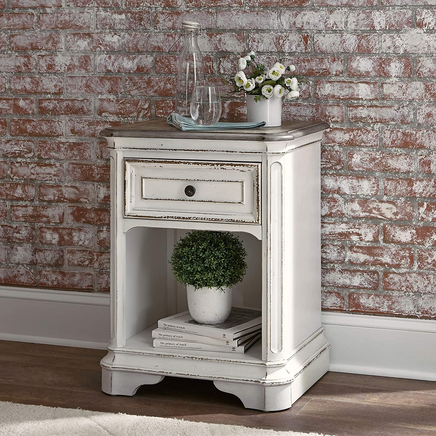 Liberty Furniture Industries Magnolia Manor 1-Drawer Nightstand, W22 x D17 x H28, White