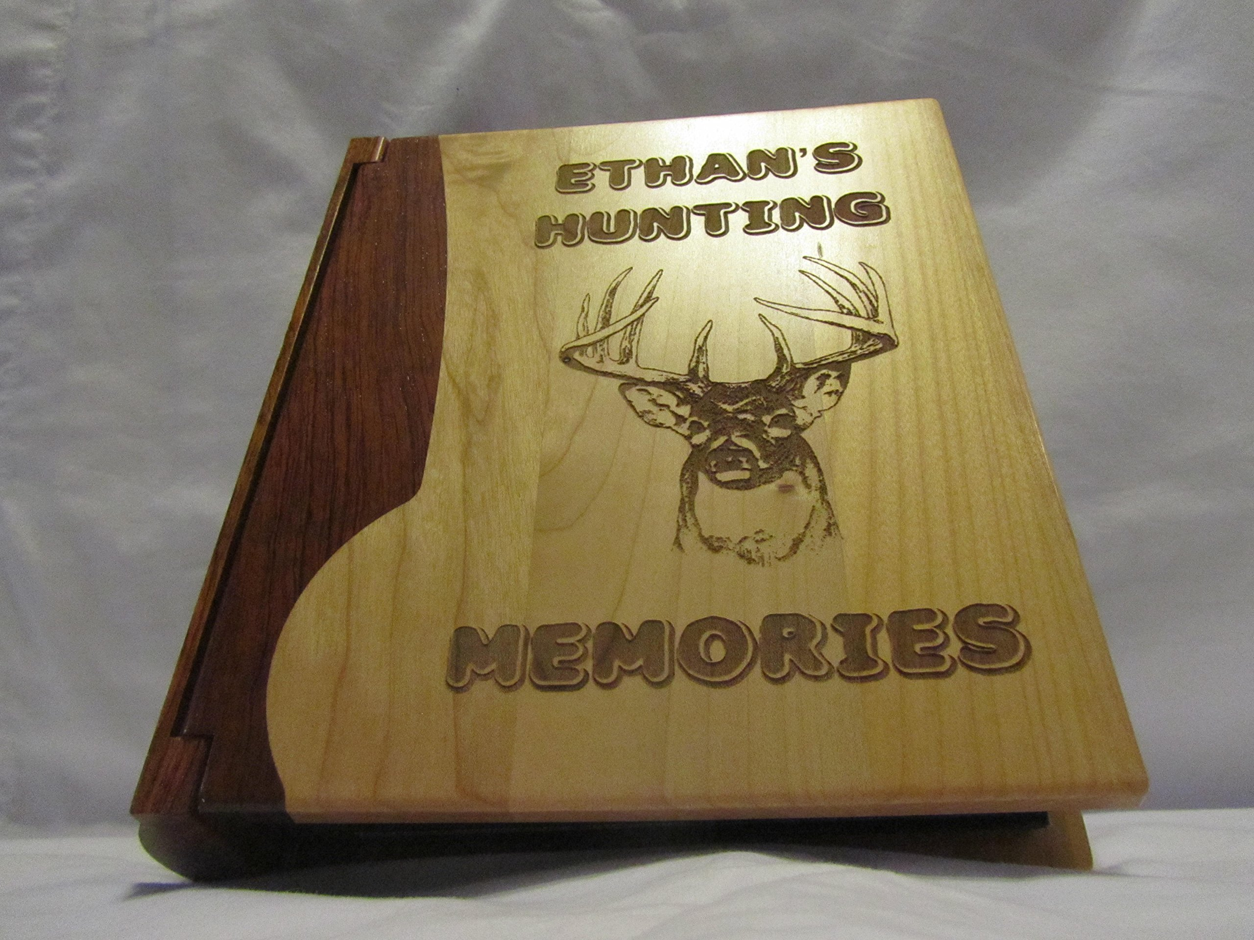 Engraved Wood Personalized Photo Album ''Hunting Memories'' - Large