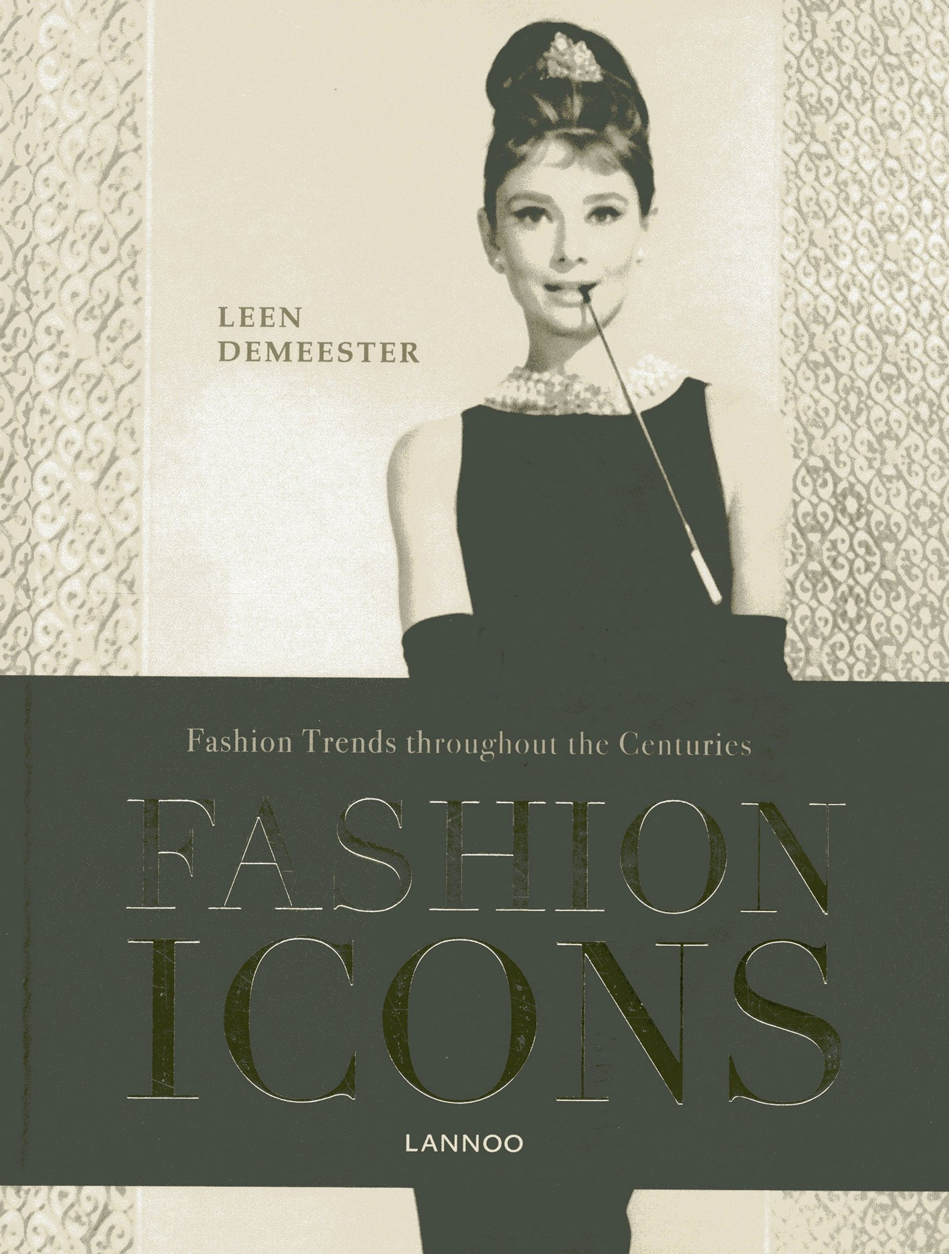 Icons of vintage fashion book 100