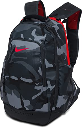 61c3f47b61 Nike Ultimatum Utility Graphic Backpack Black Camo BA5090-006  Amazon.ca   Sports   Outdoors