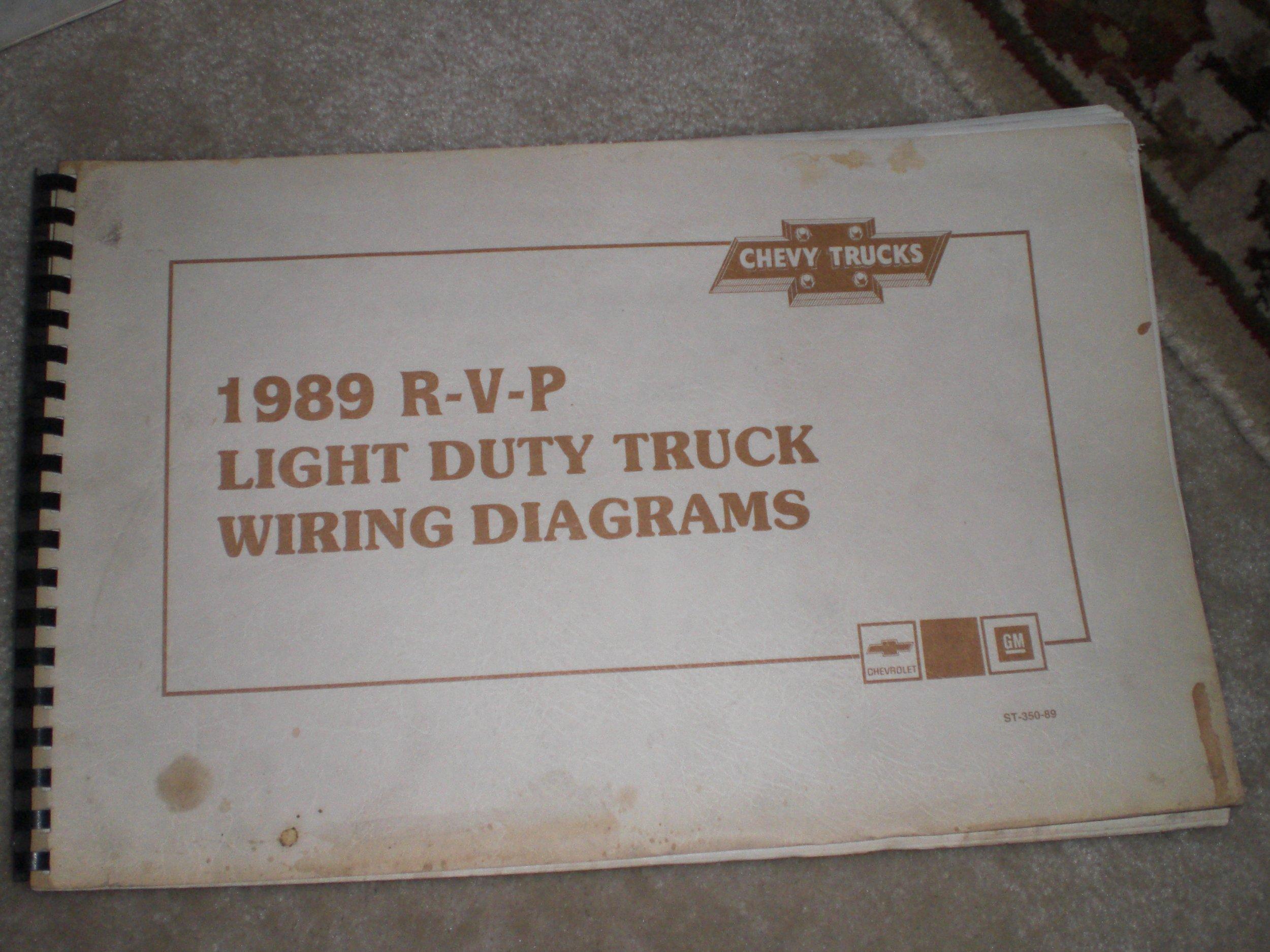 1989 Ford R-v-p Light Duty Truck Wiring Diagrams: general motors co.:  Amazon.com: Books