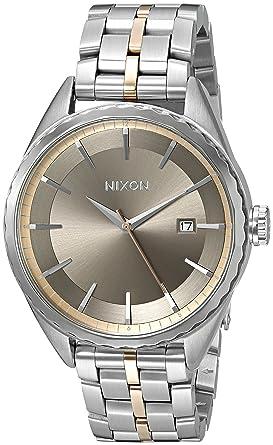 Nixon Women s A9342215-00 Minx Analog Display Japanese Quartz Silver Watch 0c4cf94b4