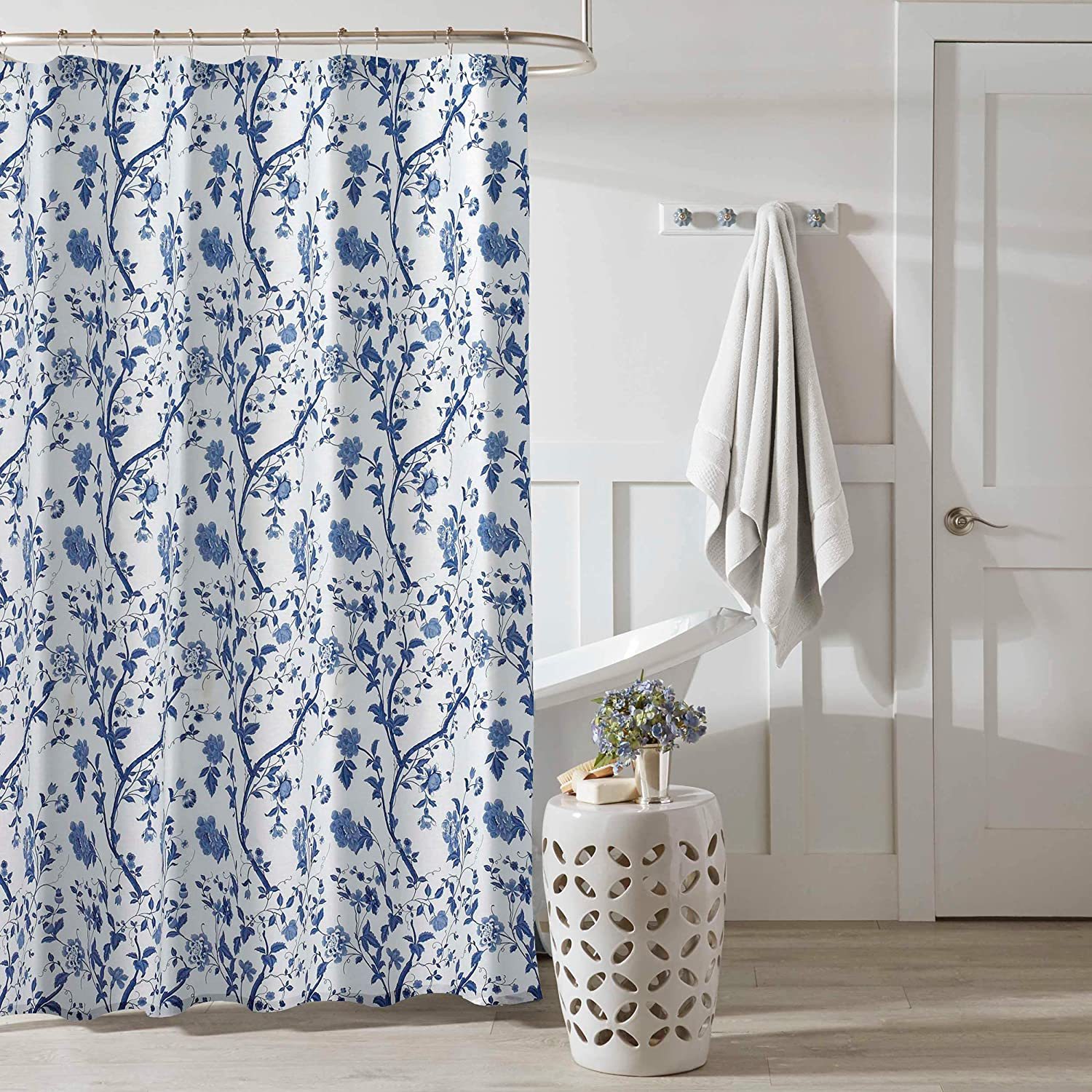 Amazon Com Laura Ashley Home Charlotte Collection Modern Heavyweight Shower Curtain Mildew Mold Resistant Anti Microbial Stylish Design 72 X 72 China Blue Home Kitchen
