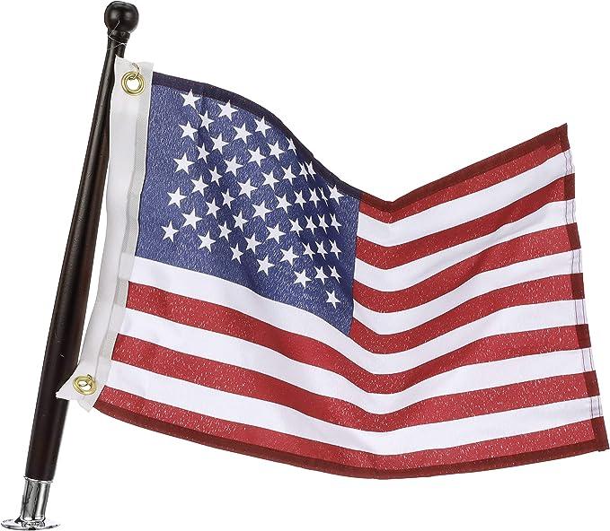Seachoice 78191 Usa Flag Kit 18 X 12 Inch Nylon Flag 3 4 Inch Flag Pole Socket 18 Inch Mahogany Flag Pole Sports Outdoors