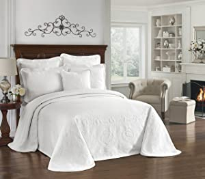 """HISTORIC CHARLESTON Bedspreads Coverlet - King Charles Collection 120"""" x 114"""" Size 100% Cotton Oversized Matelasse Bed Spread, King/Cal King, White"""