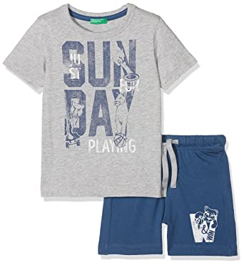 3b150eaaa United Colors of Benetton Boy s Set T-Shirt+Shorts Clothing  Amazon ...