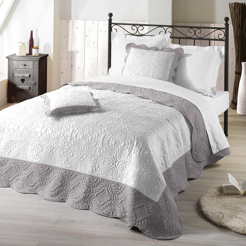 tagesdecke grau catlitterplus. Black Bedroom Furniture Sets. Home Design Ideas