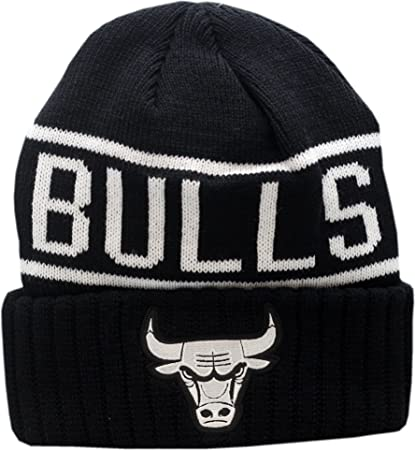 14985773 Image Unavailable. Image not available for. Color: Chicago Bulls Knit Hat  Cuffed Reflective Patch Logo ...