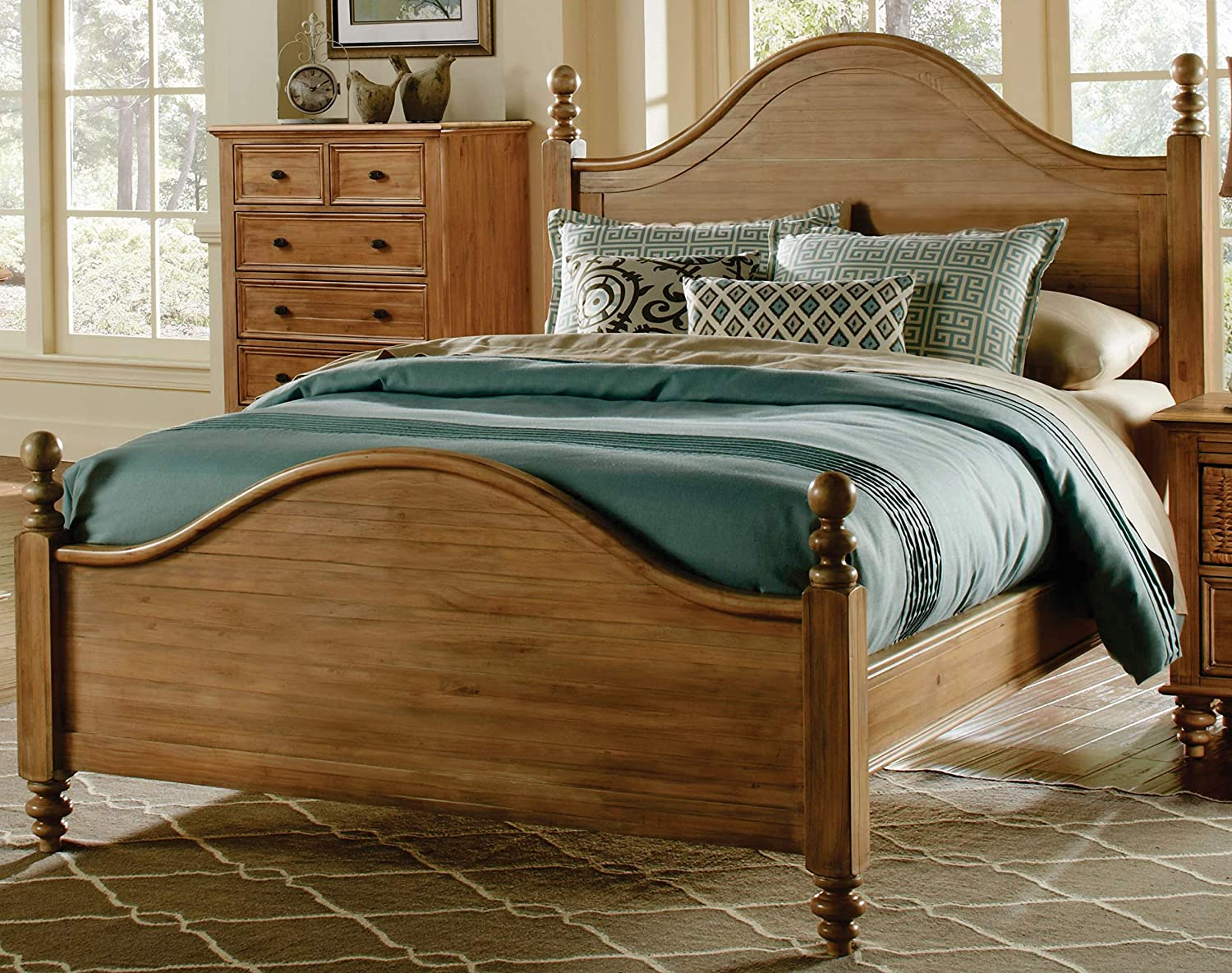 Sunset Trading Vintage Casual King Bed, Plantation maple