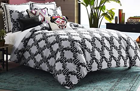 Blissliving Home 14874BEDDKNGBWT Zocalo 110 Inch By 96 Inch 3 Piece King Duvet  Set