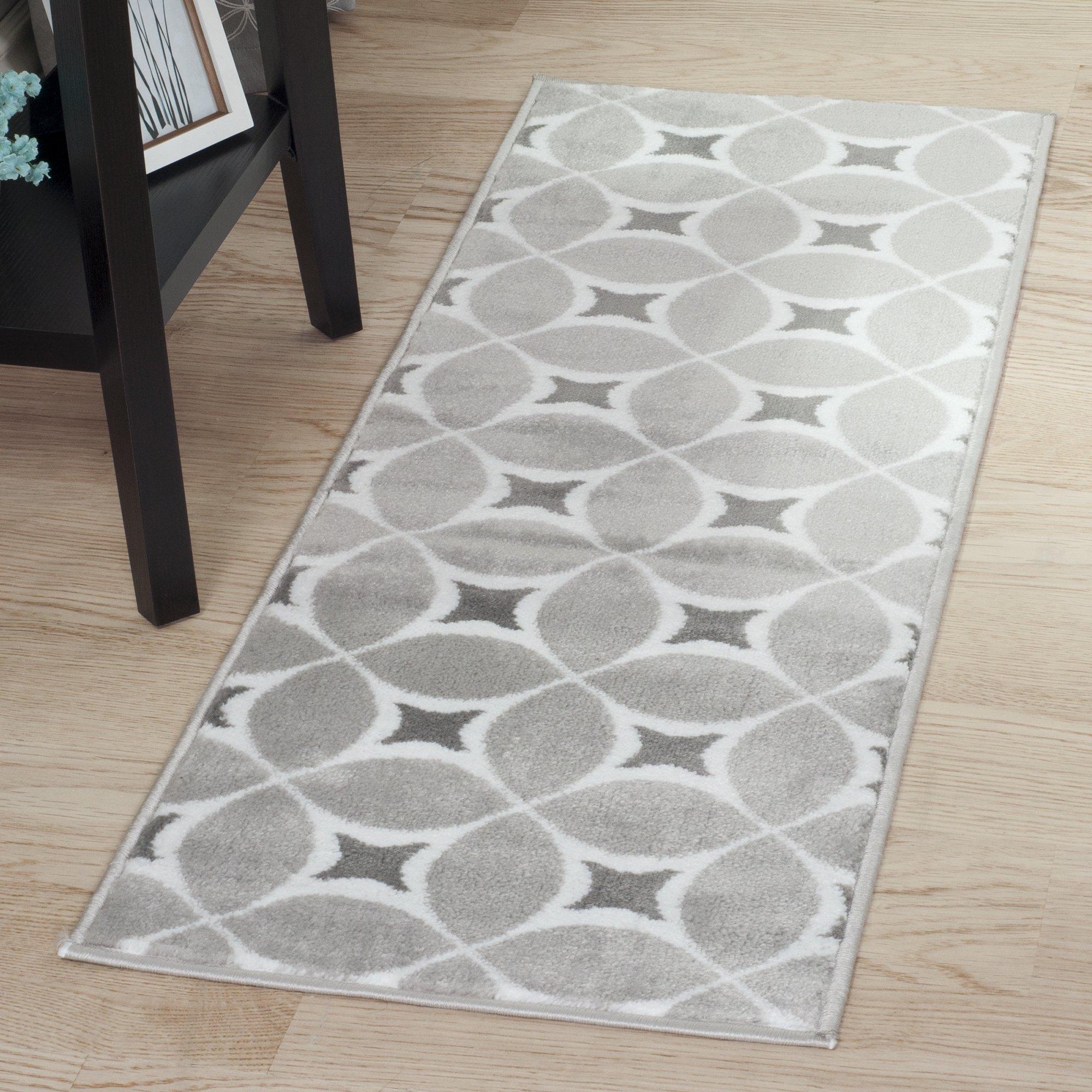 Lavish Home Jane Area Rug, 1'8'' by 5', Grey/White