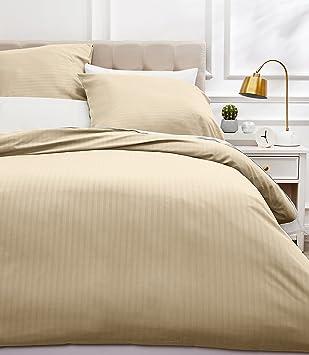 AmazonBasics Parure de lit avec housse de couette haut de gamme