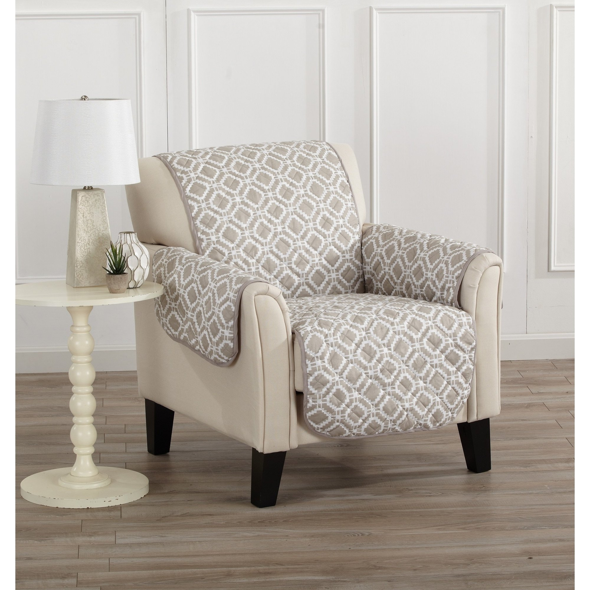 MN 1 Piece Storm Grey Geometric Chair Protector, Gray Medallion Diamond Shape Pattern Circle Dot Ikat Jacquard Modern Sleek Trendy Couch Protection Cover Pets Animals Covers, Polyester