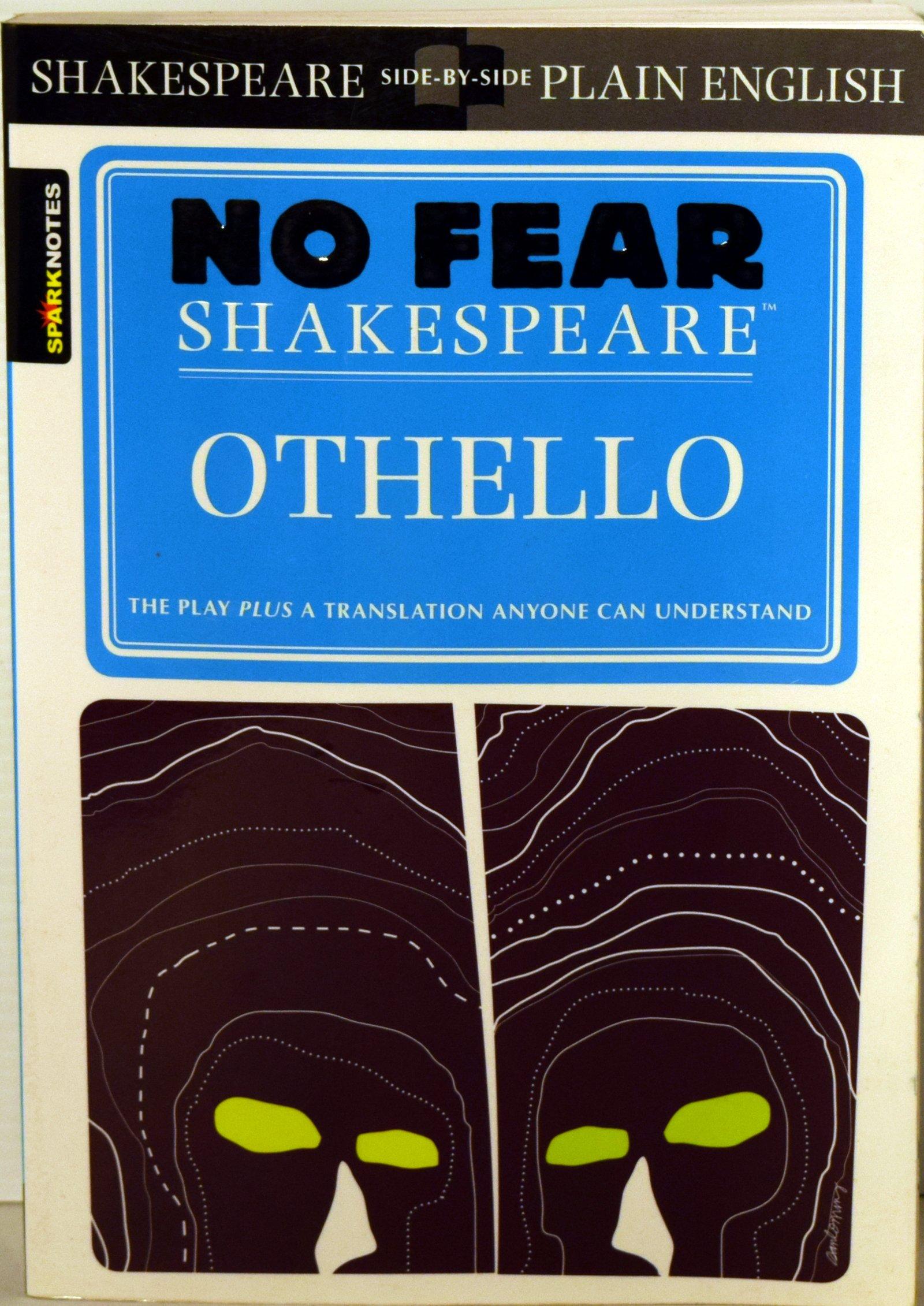 No Fear Shakespeare : Othello Paperback – 2015
