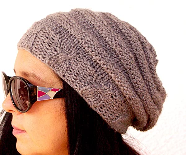 0540a9e3078 Amazon.com  Women s Crochet Hat