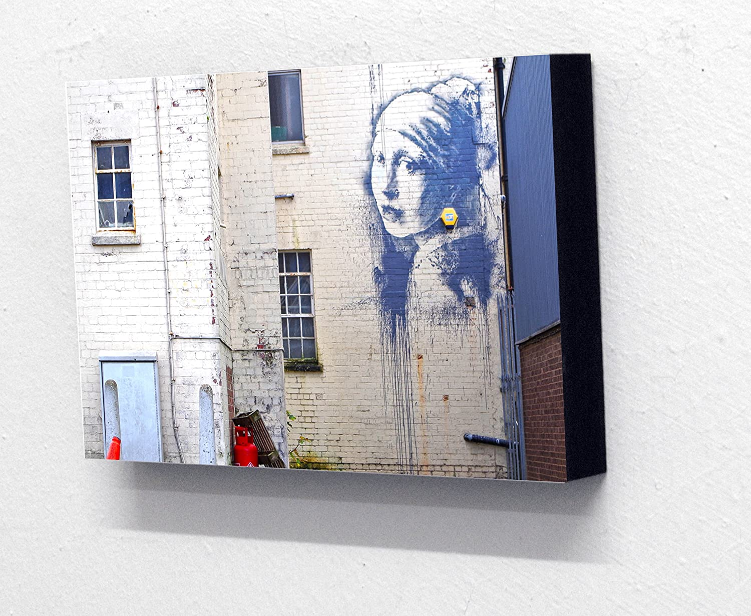 Banksy 'Girl with a Pierced Eardrum'. 6