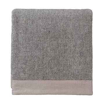 URBANARA 140x220 cm Wolldecke 'FYN' GrauNatur — 100% Reine skandinavische Wolle — Ideal als Überwurf, Plaid oder Kuscheldecke für Sofa und Bett —