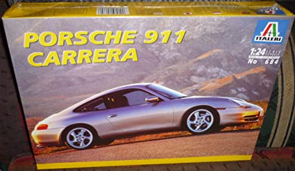 Amazon.com: # 684 Kit de Italeri Porsche 911 Carrera ...