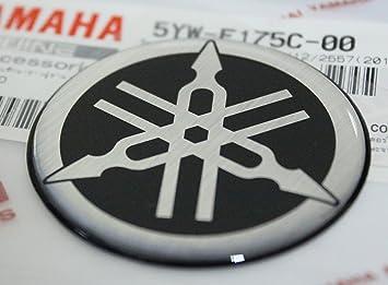 100 GENUINE 45mm Durchmesser YAMAHA STIMMGABEL Aufkleber Sticker Emblem Logo SCHWARZ SILBER Erhoht Gewolbt