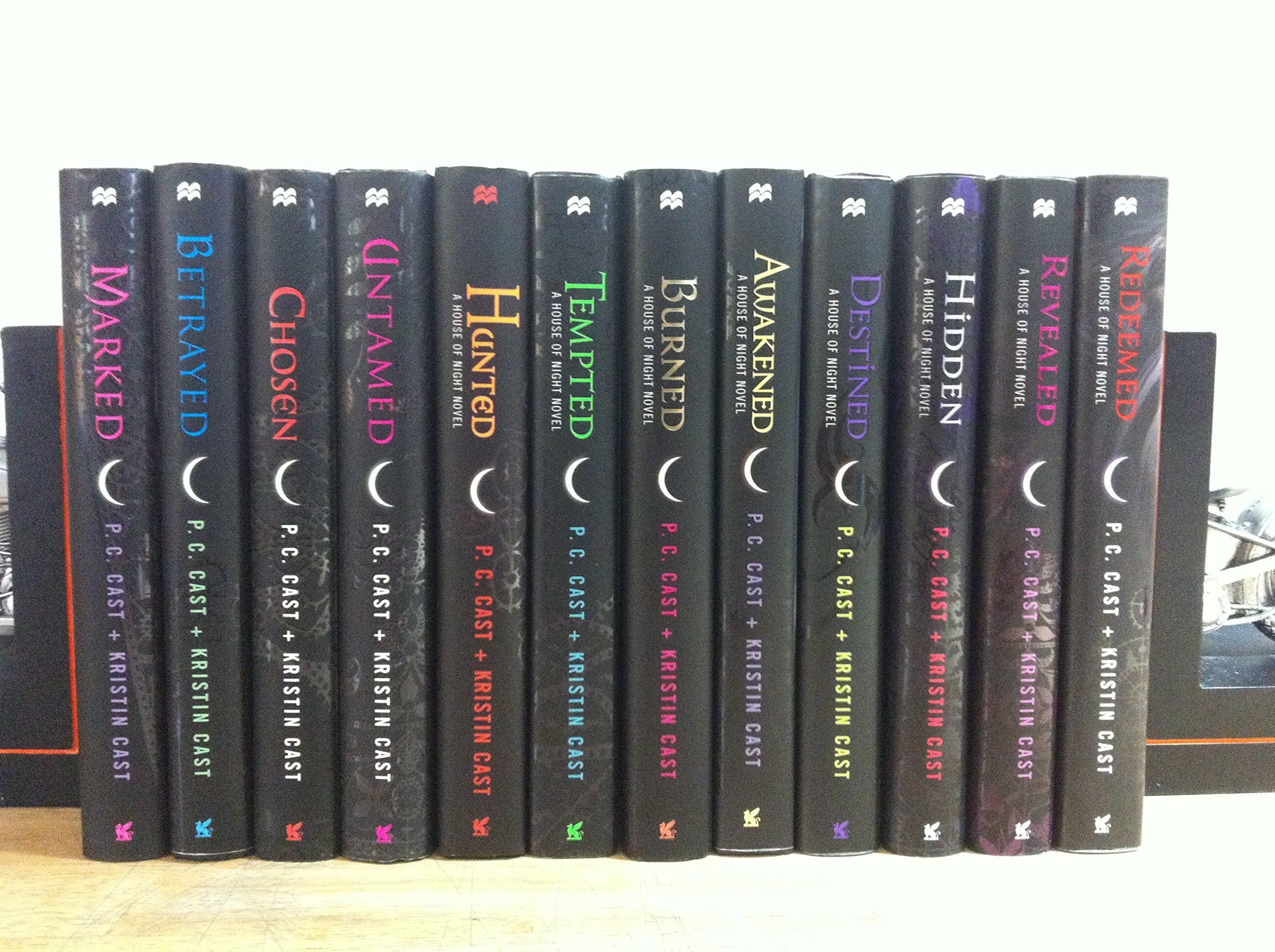 House of Night Series Complete Set, 12 Book Collection, Volumes 1-12 By P.C.  Cast + Kristen Cast: P.C. Cast + Kristen Cast: 0045079917200: Amazon.com:  Books