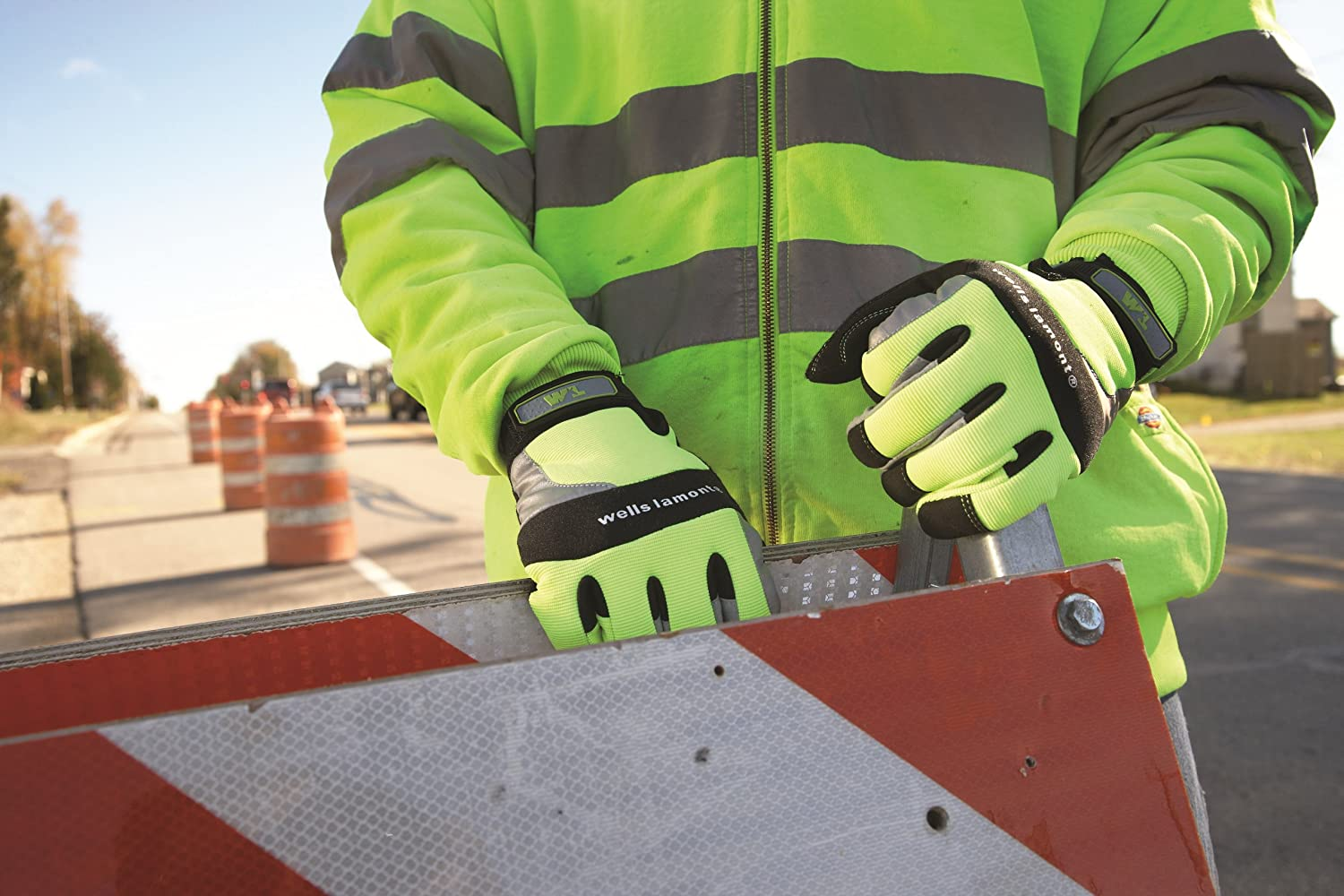 Medium 7674M Wells Lamont High Visibility Synthetic Leather Work Gloves
