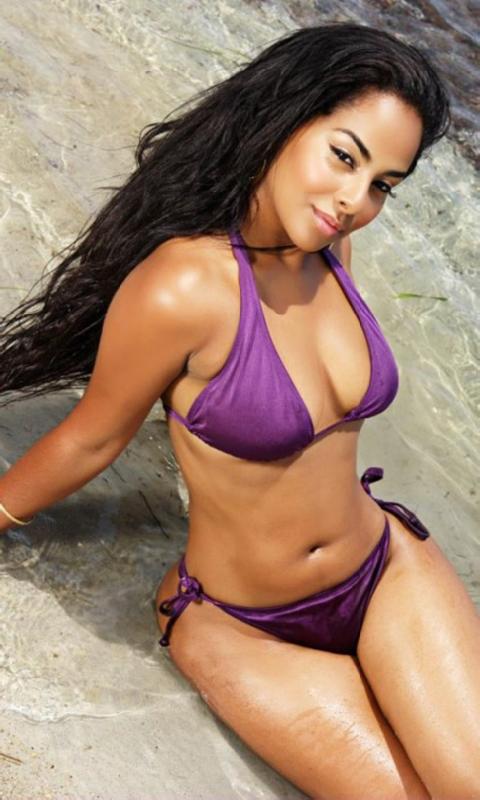Ayisha Diaz Hot Nude Photos 5