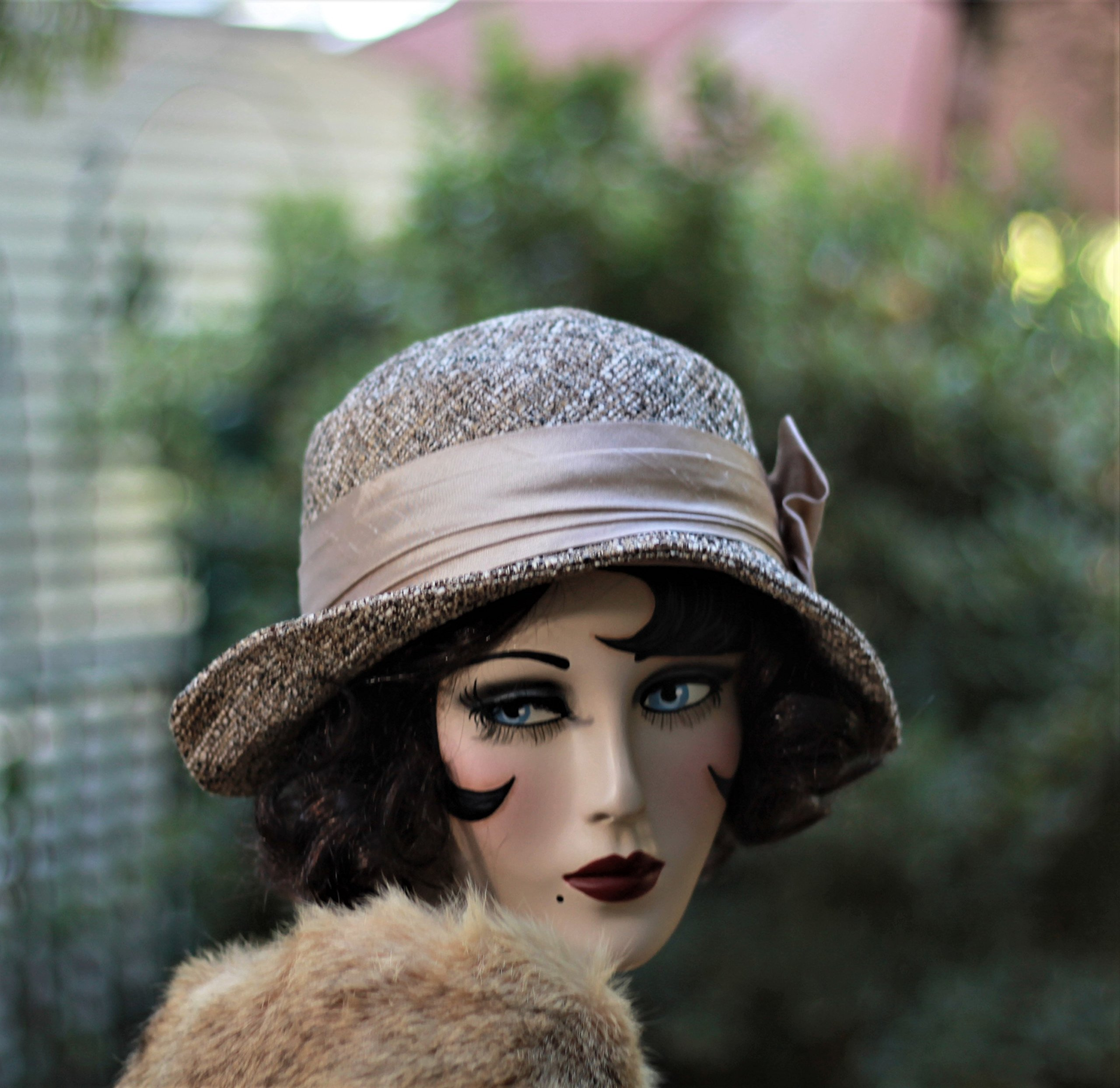 Fall Winter Cloche Hat 20s Vintage Style