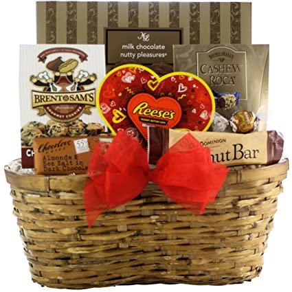 Amazon Com Greatarrivals Gift Baskets Nuts About You Valentine S Day Gift Basket 4 Pound Gourmet Snacks And Hors Doeuvres Gifts Grocery Gourmet Food