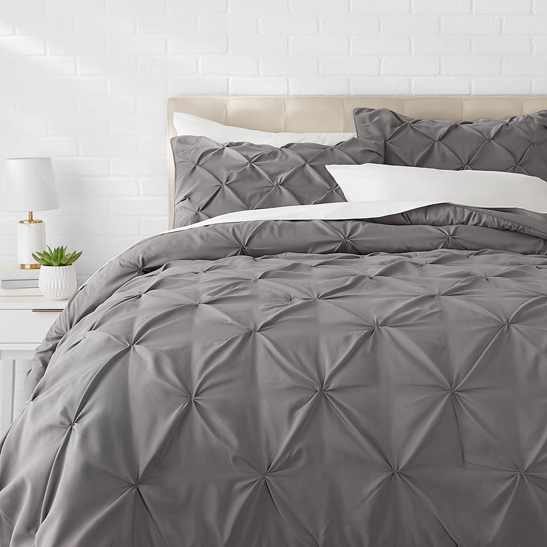 AmazonBasics Pinch Pleat Comforter Set - Full/Queen, Dark Grey