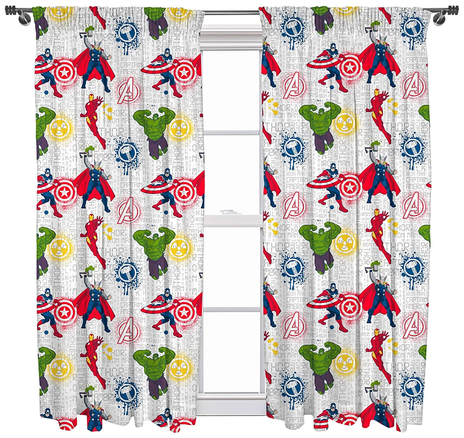DisneyTraditions Marvel Avengers Mission Curtains 54' Drop Character World DMAMSS54001UK
