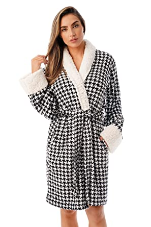 ac10de5eb6 Just Love Sherpa Trim Plush Robe Women at Amazon Women s Clothing store