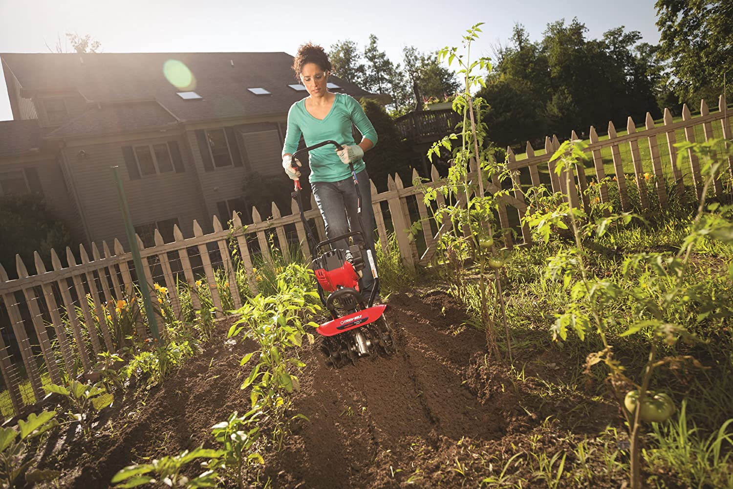 Best Small Tiller For The Small Gardener - Sumo Gardener