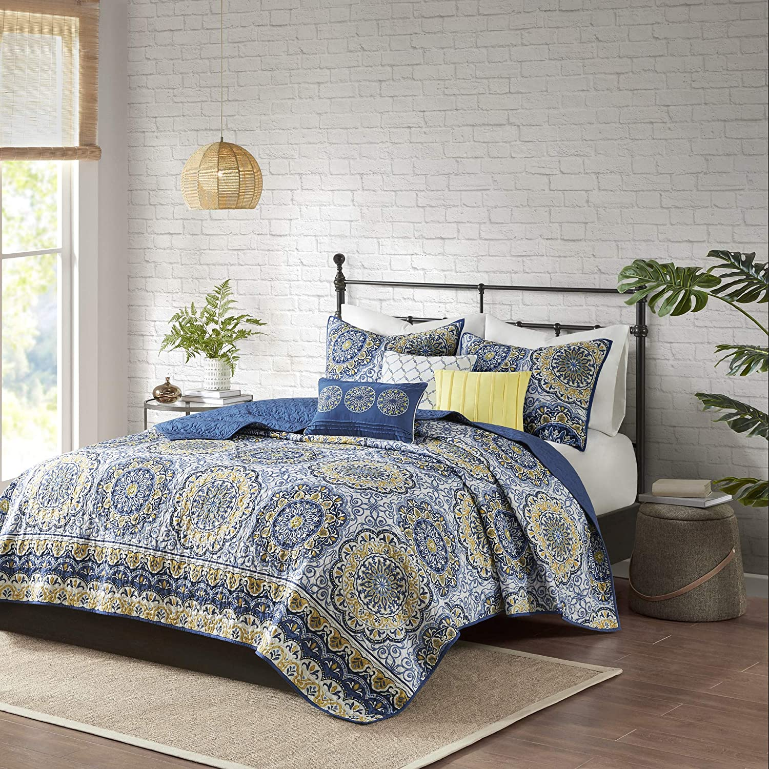 Madison Park Tangiers 6 Piece Reversible Coverlet Set, King/Cal King, Blue