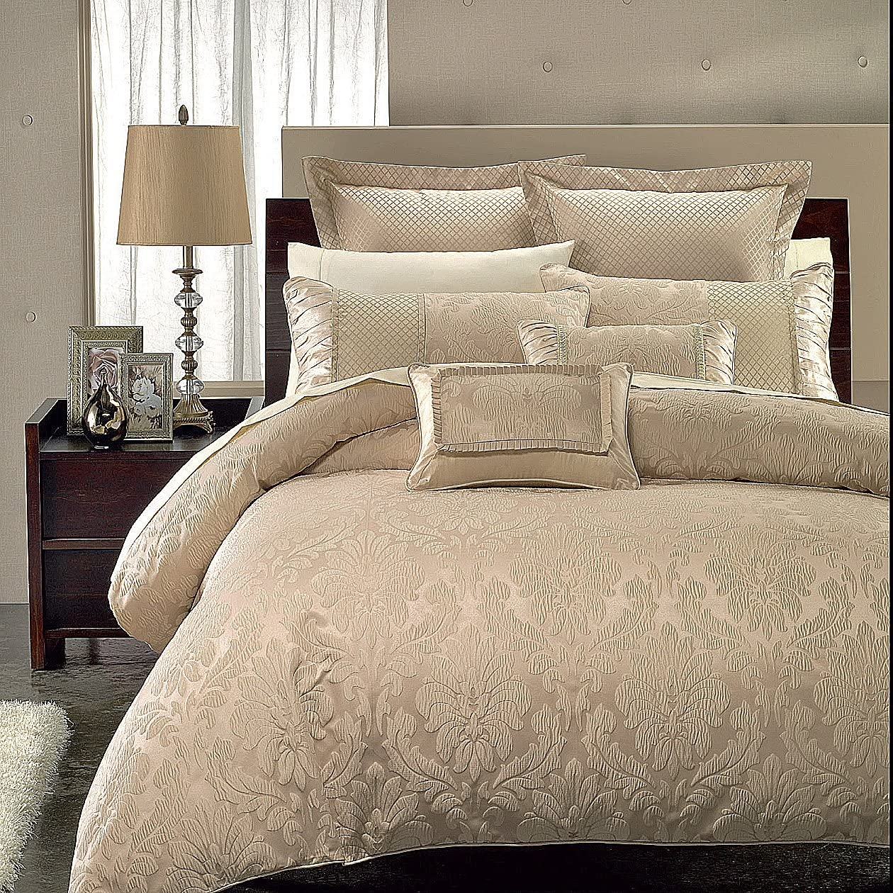 Royal Sara Duvet Cover Rich Elegant and Contemporary Bedding Jacquard Design Set