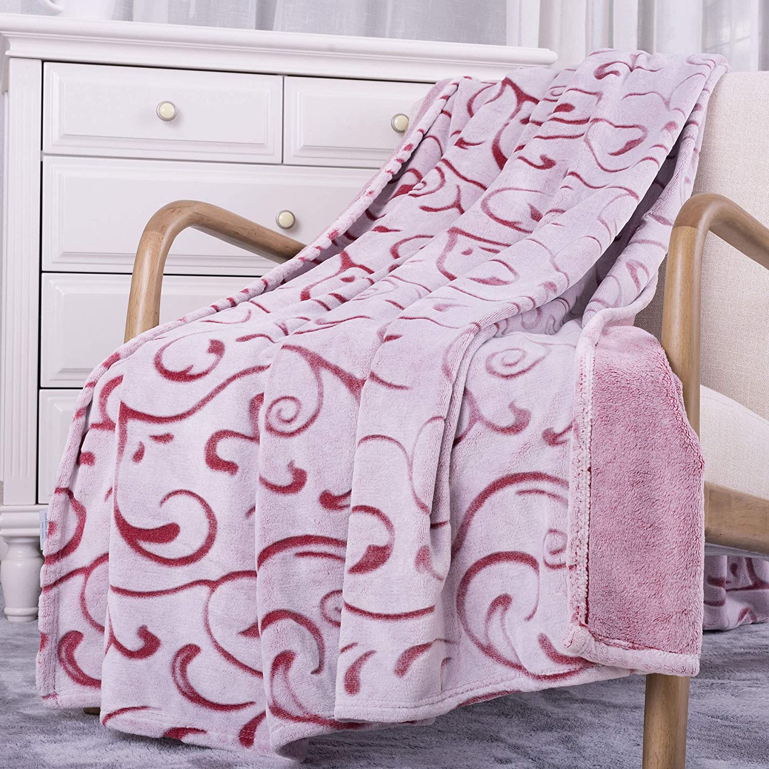 Fleece Throw Blanket ONLY $9.8...