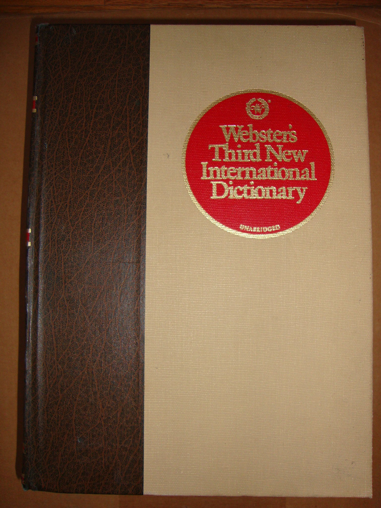 Webster's Third New International Dictionary of the English Language,  Unabridged Hardcover – 1976