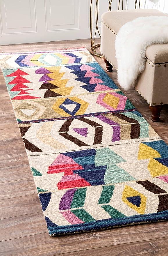 Amazon Com Nuloom Ofelia Hand Tufted Wool Runner Rug 2 6 X 8 Multi Furniture Decor