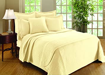 Williamsburg William And Mary Matelasse King Coverlet, Bone