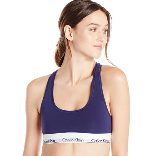 80a2a75283dd2c We ll start off our list of the best bras for small breasts with this  sports Bralette from Calvin Klein. What s so great about this bra is that  it fits a ...