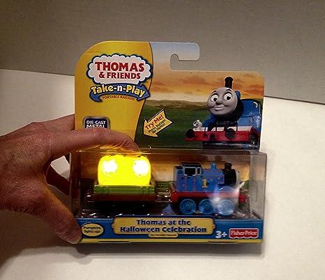 Amazon.com: V8631 Thomas at the Halloween Celebration Take N Play ...